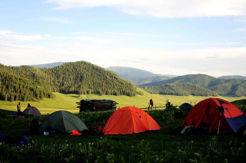 图尔盖提草原营地
