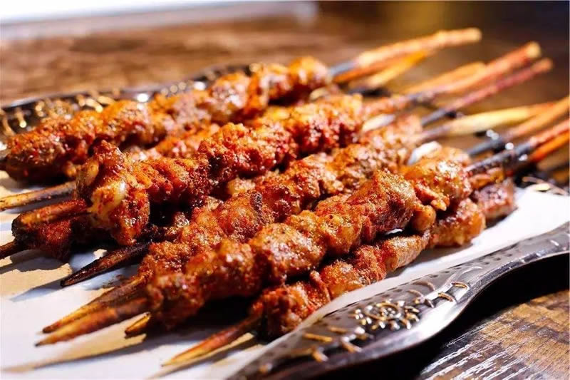 喀什烤羊肉串美食