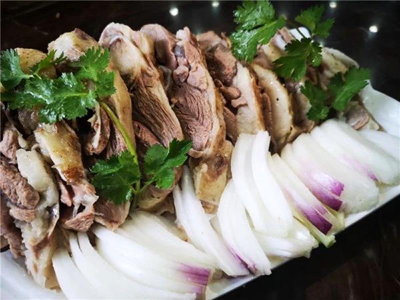青之口餐厅手抓羊肉