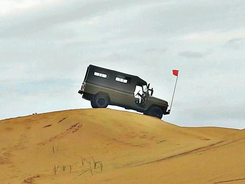 腾格里沙漠越野
